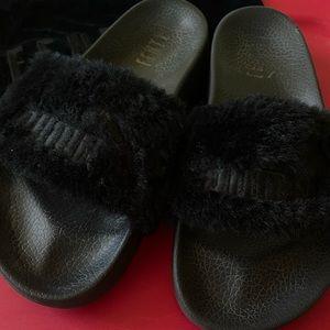 Black Puma Fur Slide Rihanna Fenty